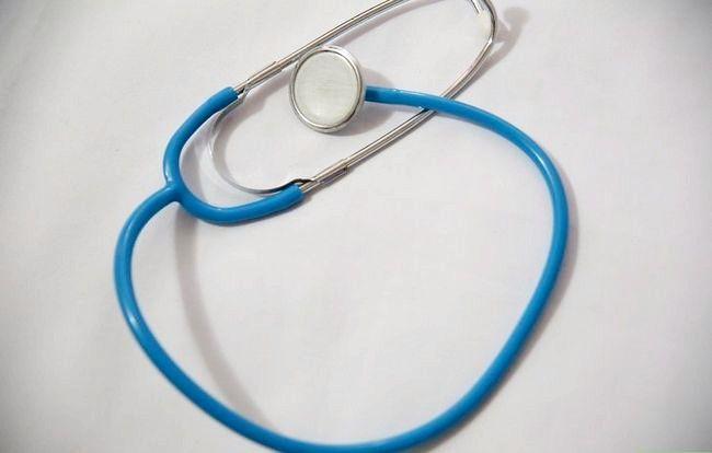 Imaginea intitulata Prevenirea caderii parului de la Lupus Pasul 1