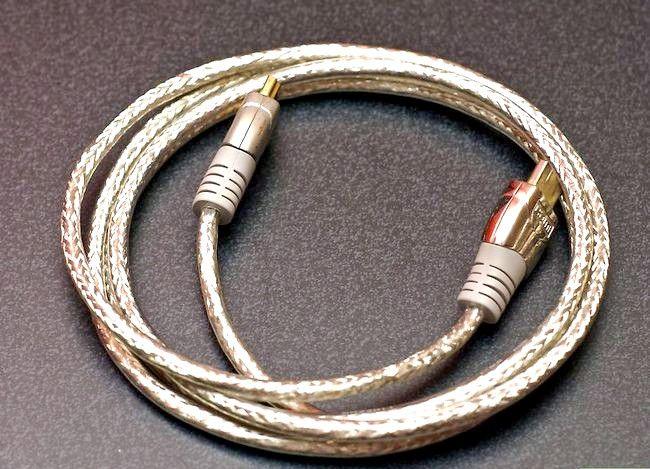 Imaginea intitulată Conectați un computer la televizor Pasul 4