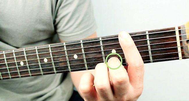 Imaginea intitulată Redați un chir cu Bm pe chitara Pasul 12