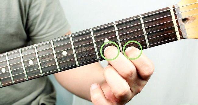 Imaginea intitulată Redați un corzi Bm pe chitara Pasul 2