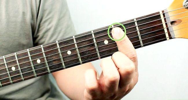 Imaginea intitulată Redați un corzi Bm pe chitara Pasul 6