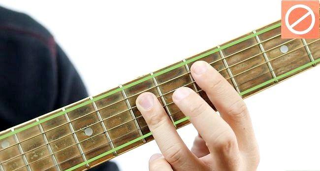 Imaginea intitulată Redați chordul D pentru chitara Pasul 10