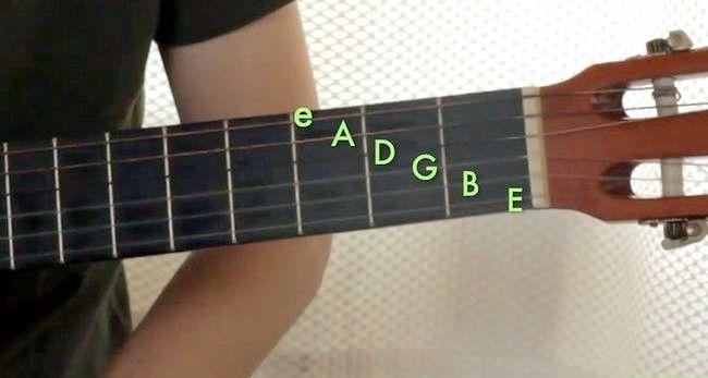Imaginea intitulată Redați Gordul major pe chitara Pasul 1