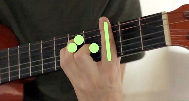 Imaginea intitulată Redă Gordul major pe chitara Pasul 14