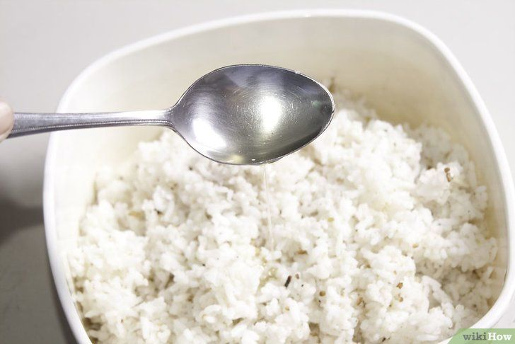 Imaginea intitulă Faceți orezul Fried Rice Pasul 2