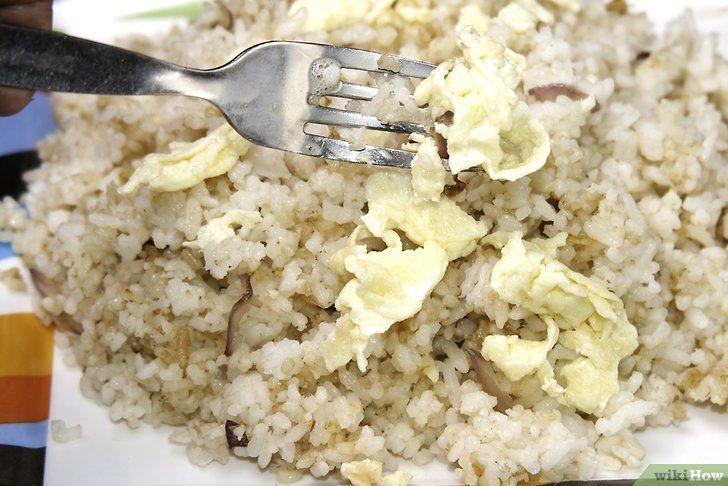 Imaginea intitulă Fă-ți orezul Fried Rice Pasul 10