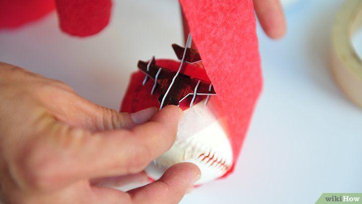 Imagine cu titlul Face o minge de Crăciun Pasul 2