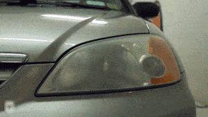 Încălzită, repararea farurilor oxidate