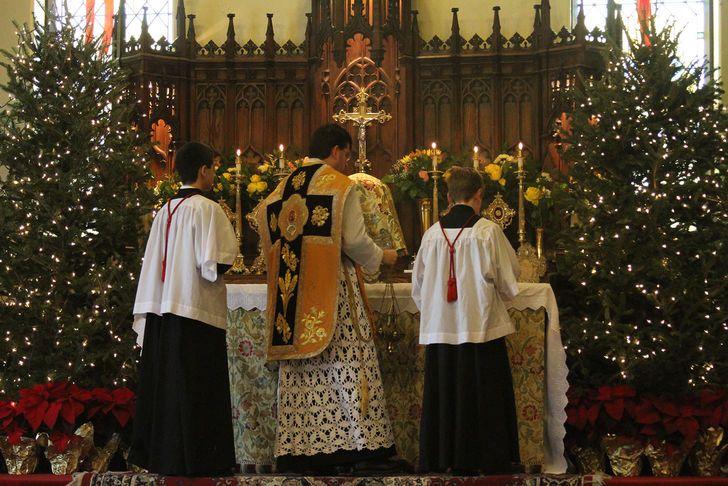 Titlul de Crăciun Mass din 2009 la Biserica Sf. Iuda R. C. (SSPX)