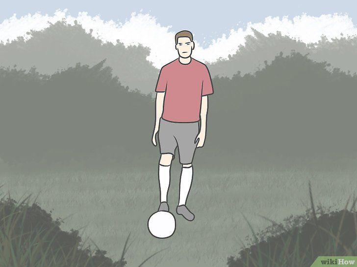 Imaginea intitulată Kick Like Cristiano Ronaldo Pasul 1