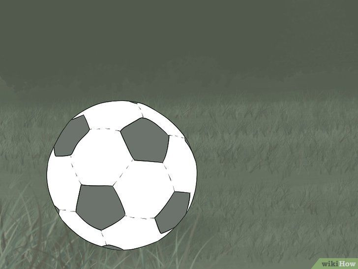 Imaginea intitulată Kick Like Cristiano Ronaldo Pasul 4