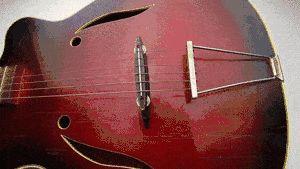 Eliberați-vă de un deget dureros când învățați să jucați chitara
