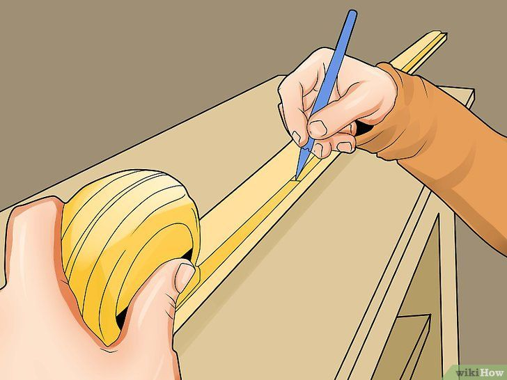 Imaginea intitulată Cut Crown Molding Step 5