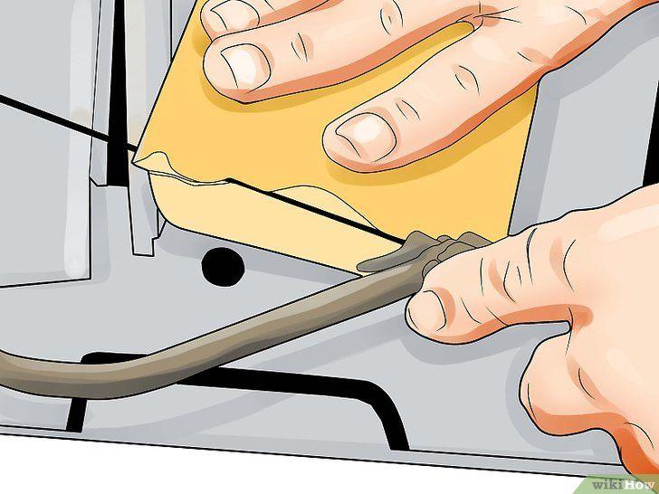 Imaginea cu titlul Cut Crown Molding Step 7